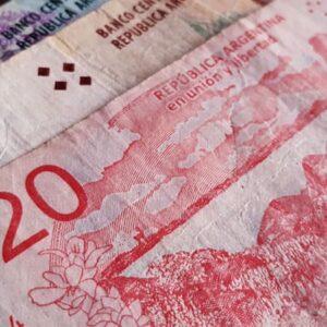 dónde comprar pesos argentinos